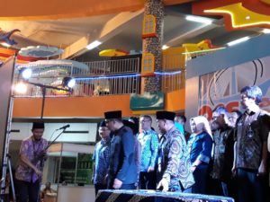 Bapak Ridwan Kamil Membuka Acara Pesta Dagang WUB Bandung
