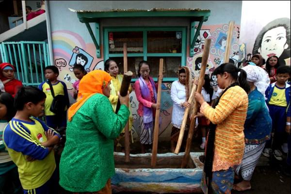 Yuk, Cari Inspirasi dan Seru-Seruan di Kampung Kreatif Bandung!